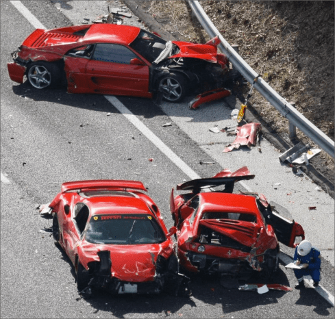 Japan 3 ferraris accidents
