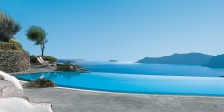 The-most-wonderful-Pools-with-beautiful-view