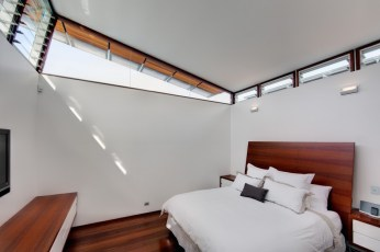 chambre design blanche queenspark