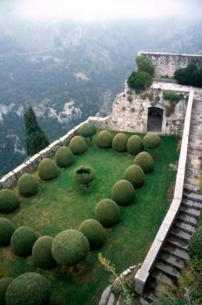 jardin falaise
