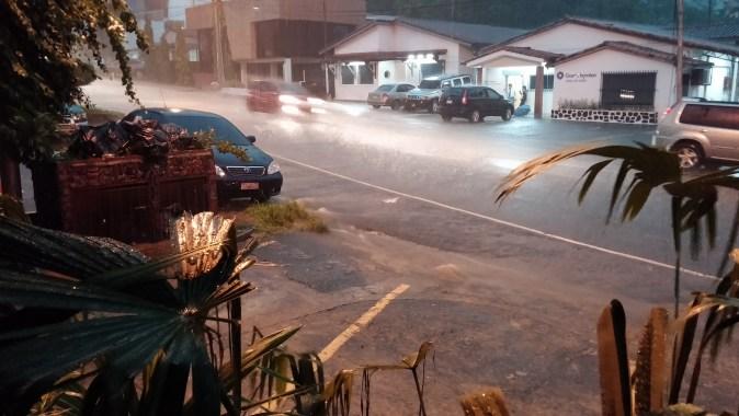 pora deszczowa panama