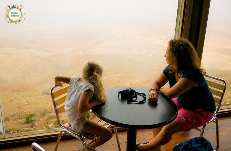 knajpka na szczycie góry Fuerteventura