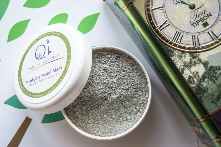 Mască purificatoare pentru ten de la Qi Cosmetics
