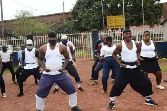 """Ouganda / présidentielle 2021 : le parti au pouvoir lance une équipe de karaté pour """"sécuriser le scrutin"""""""
