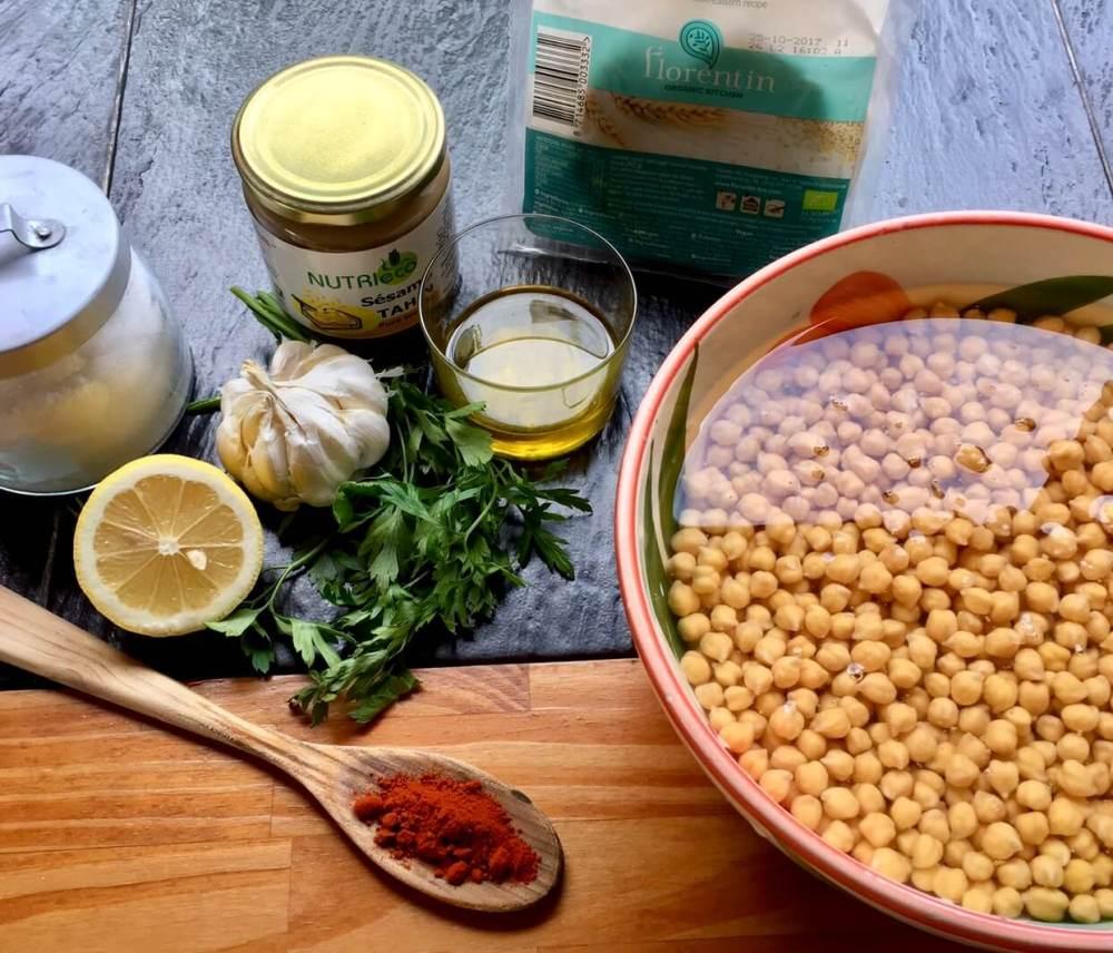 Ingredientes para preparar hummus