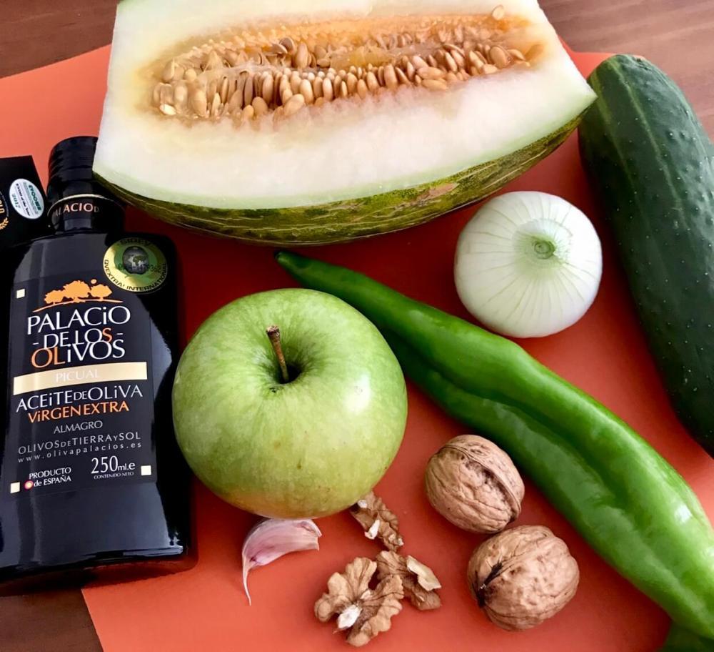 Ingredientes para hacer gazpacho de melón