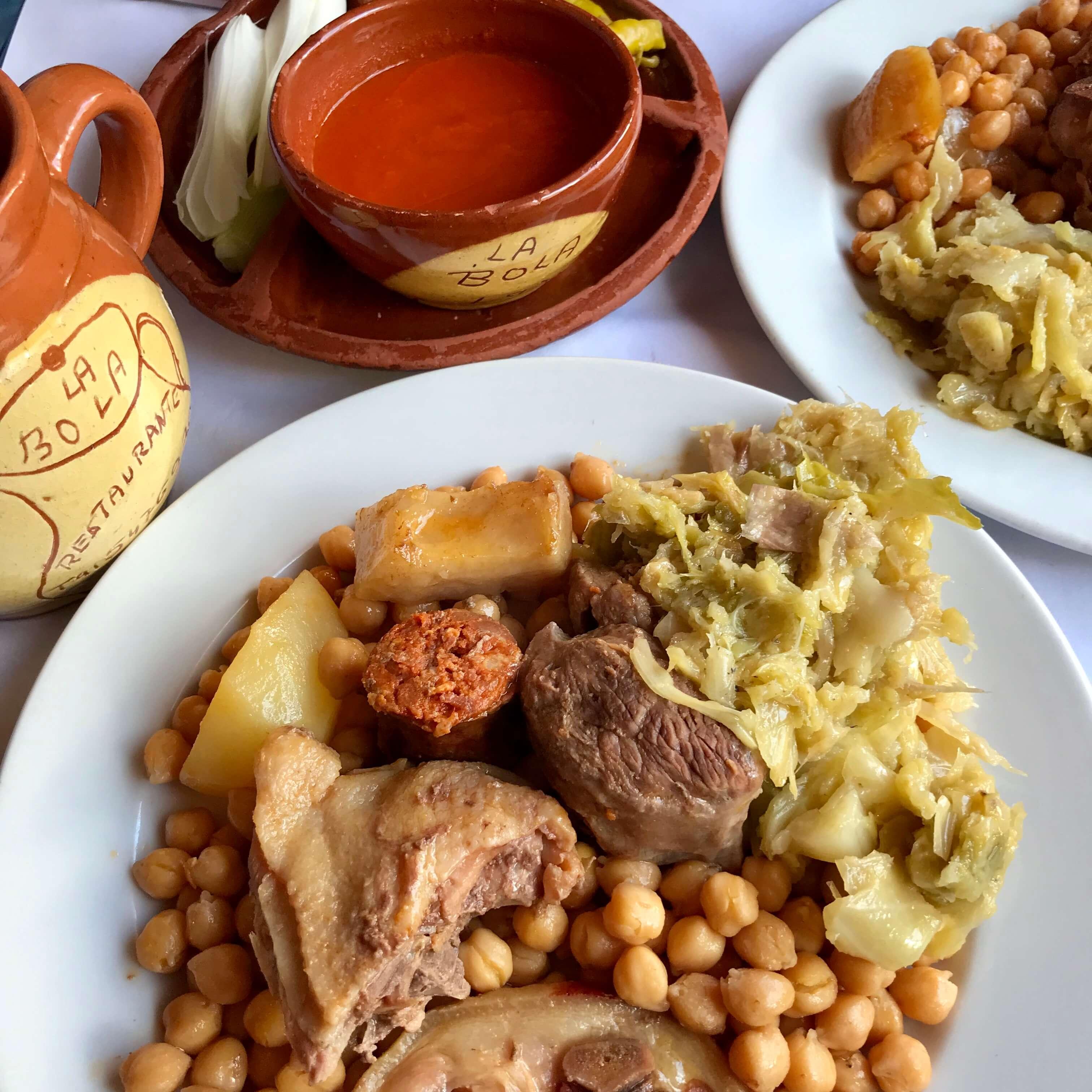 Cocido madrileño en el restaurante la bola