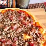PIZZA DE CARNE CASERA CON BUENOS INGREDIENTES