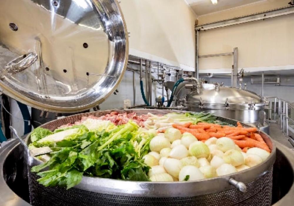 Ollas de cocción de la fábrica de caldos Aneto