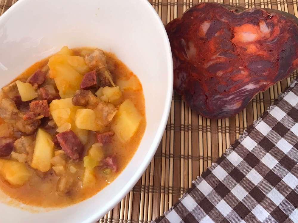 Patatas guisadas con Morcón - Señorío de Montanera
