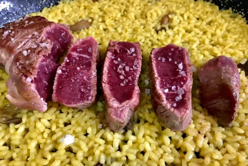 Receta de arroz seco con solomillo de ternera