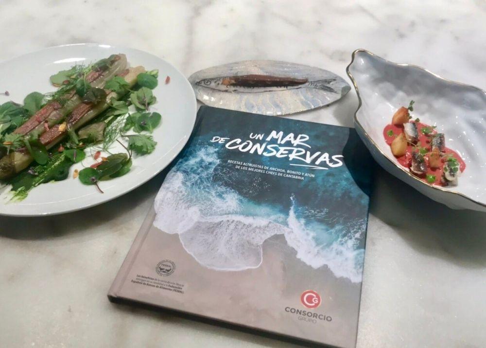 "Libro solidario @Un Mar de Conservas"""