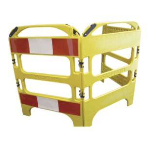 Barriera di recinzione in polietilene a 4 pannelli