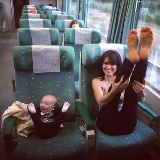 like-mother-like-daughter-funny-photography-54.jpg