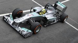 Hamilton in Pole a Donington