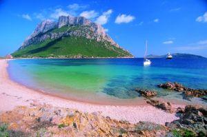 Sardegna a Voyager stasera in tv