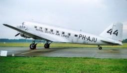 Douglas DC-2-142 NC39165, PH-AJU KLM