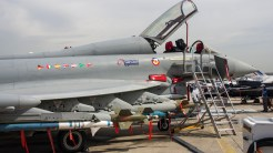 _IGP5004 Eurofighter Typhoon with missles