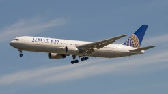 Boeing 767-322ER United Airlines N661UA
