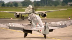 IMGP0151-ILA Me-262 and Me-109 taxiing