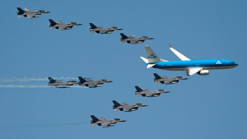 KLM 737-8K2 PH-BXB with 10 Royal Netherlands Air Force F-16s