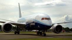IMGP4520-Boeing 787 Dreamliner testplane LB2011
