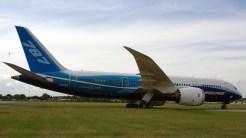 IMGP4526-Boeing 787 Dreamliner testplane LB2011
