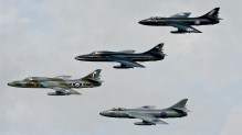 IMGP4824 Hawker Hunter 4Ship Team Viper Hunter UK