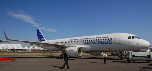IMGP7787-7788 Airbus A320-214 F-WWIQ Sharklets