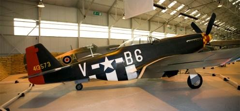 North American P-51D Mustang 44-13573 413573 B6-V USAF