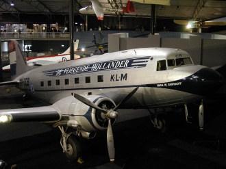 ad08-04 DC-3 KLM PH-TCB