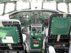 ad08-04 Lockheed Constelation Cockpit
