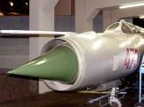 ad08-04 MiG-21 DDR