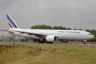 cdg06-05 Boeing 777-228ER F-GSPU Air France