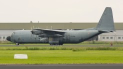Lockheed C-130H-30 Hercules L-382 5226 61-PK France air force