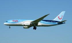 Boeing 787-8 Dreamliner PH-TFL TUI