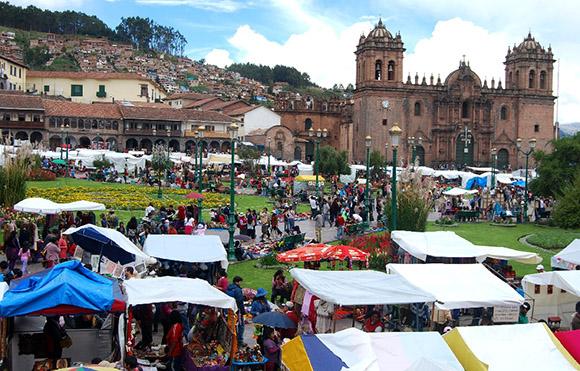 Santurantikuy y la Plaza de Armas en Cusco