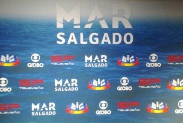 """Dupla investida de """"Mar Salgado"""" mantém liderança da tabela de audiências"""