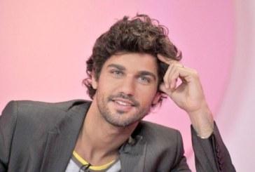 """Globo divulga primeira foto de Bruno Cabrerizo em """"Tempo de Amar"""""""