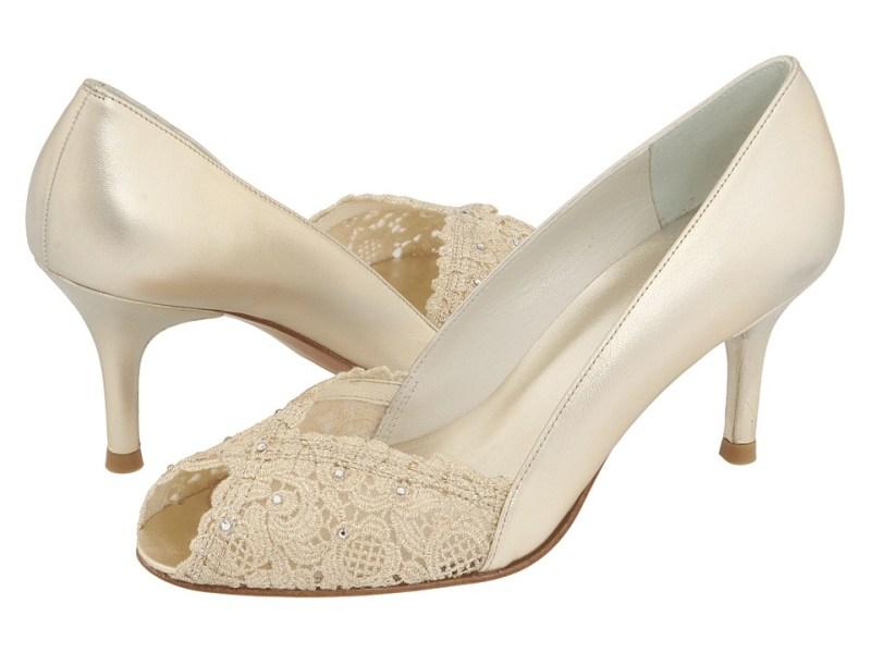 Stuart Weitzman Bridal & Evening Collection Chantelle (Gold Chantilly Lace) High Heels