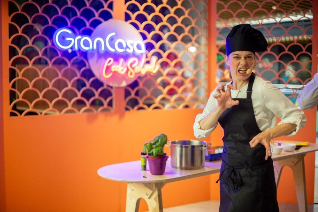 Microteatro Gourmet el que nos tienen preparado en la Gran Casa Cook School para disfrute de todos, seguro que te diviertes