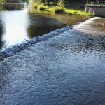 vor dem Duschen noch ein bissl schwimmen im Fluss Svratka