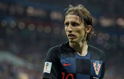 الكرواتي لوكا مودريتش يفوز بجائزة أفضل لاعب في أوروبا لعام 2018 متفوقا على صلاح و رونالدو