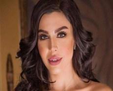 ليلى اسكندر ترد بقسوة على متابعة هاجمتها وهاجمت السعودية