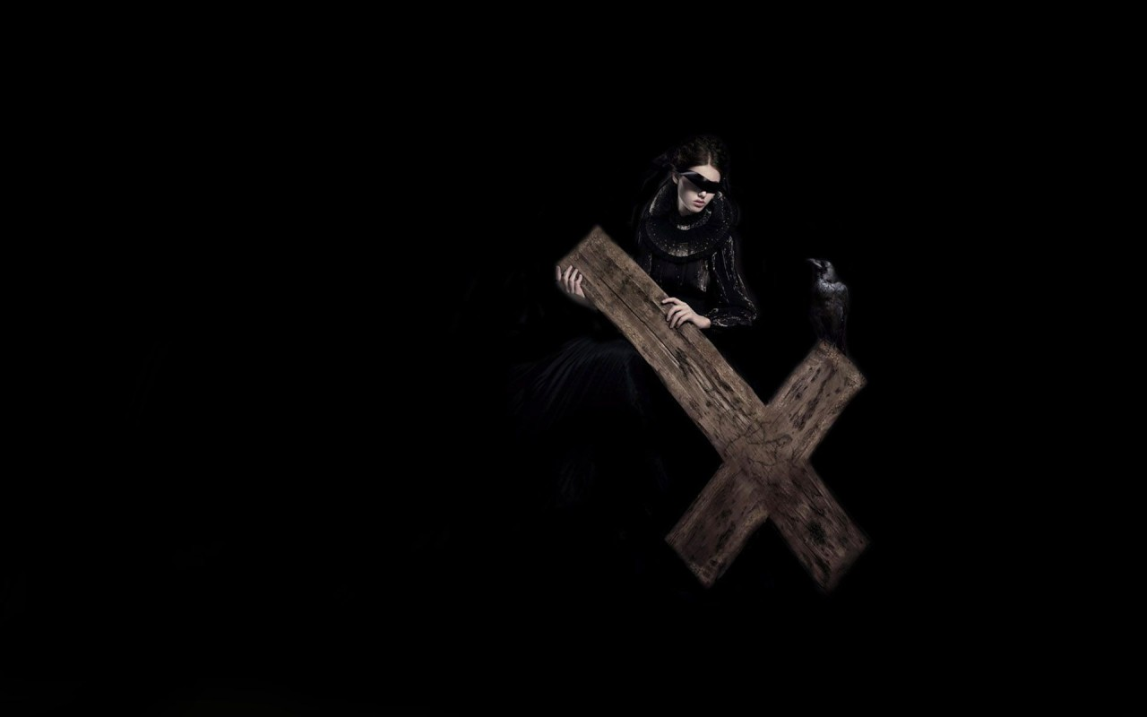 Previous, Creative Wallpaper - Lady with a cross wallpaper
