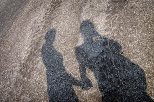 unexistent relationship, shadows,
