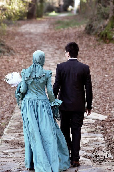 happy muslim couple
