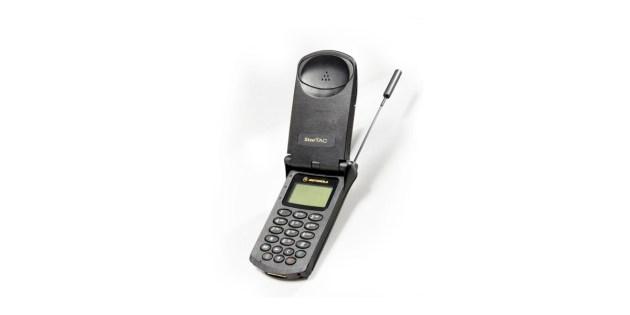 Motorola Starctac sorti en 1996