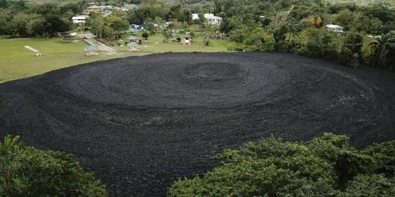 Trinidad-and-Tobago : deux éruptions observées sur le volcan de boue Devil's Woodyard