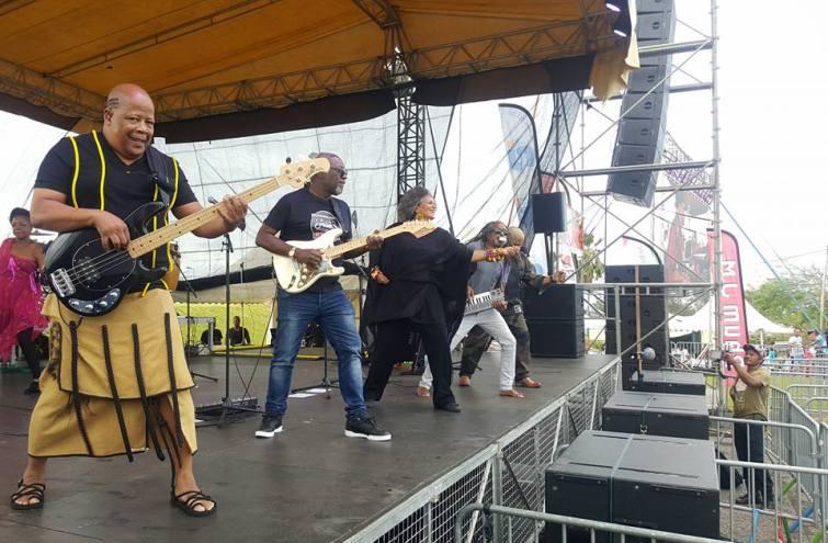 Concert live Kassav. Photo : Ville de Basse-Pointe.